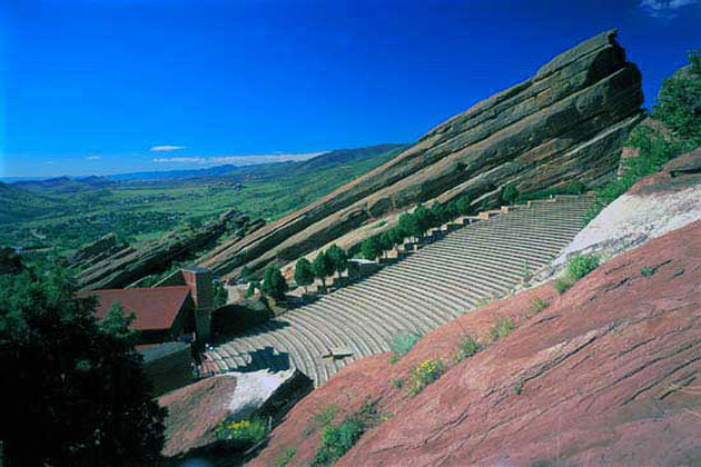 Red rocks amphitheatre for Cabins near whitewater amphitheater